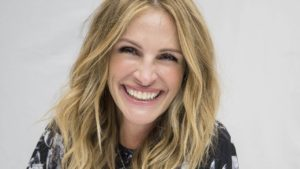 JULIA ROBERTS Beautiful Smile In The World