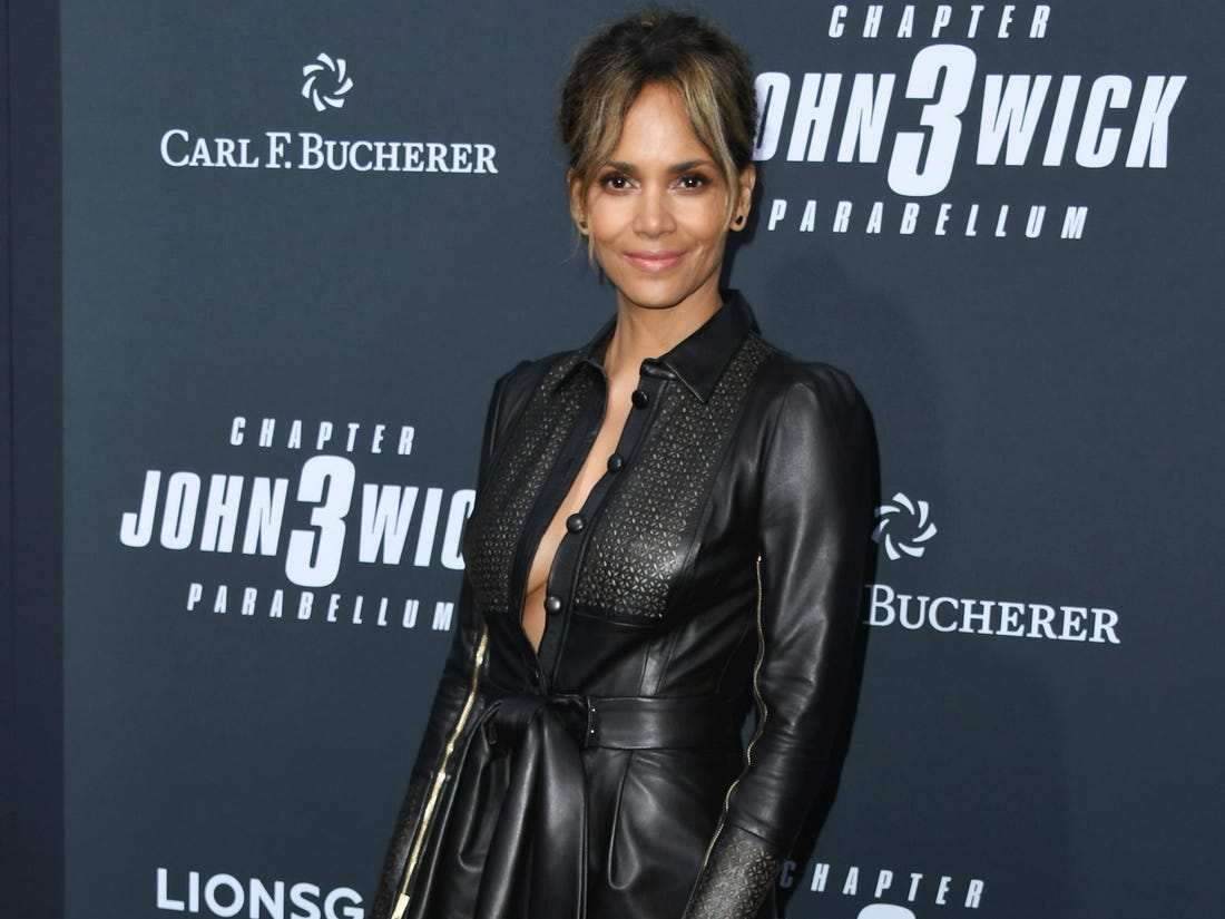 HALLE BERRY Beautiful Smile In The World