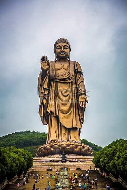 Top 15 Most Famous Statues In The World
