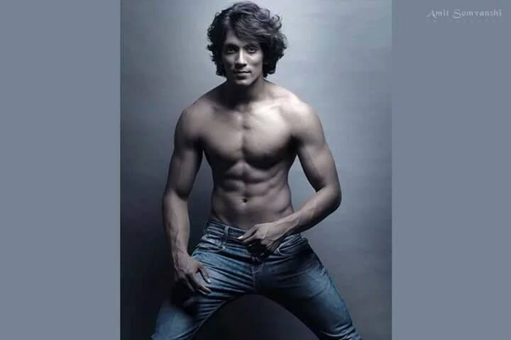 Top 10 Indian Male Models