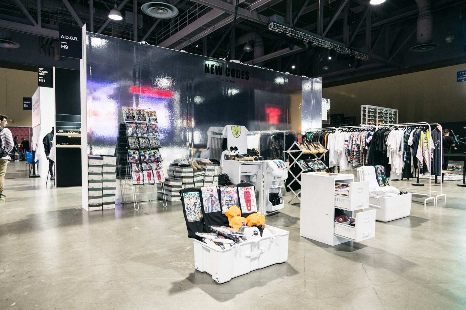 Top 15 Most Popular Teen Clothing Stores In The World