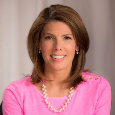 Top 40 female anchors in the world