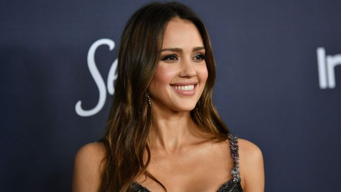 Jessica Alba Hollywood Actresses in the world