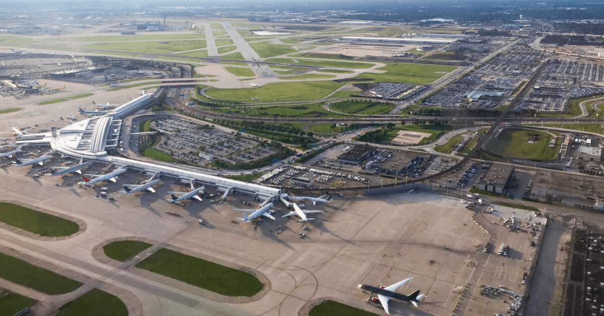 O'Hare International Airport (ORD)