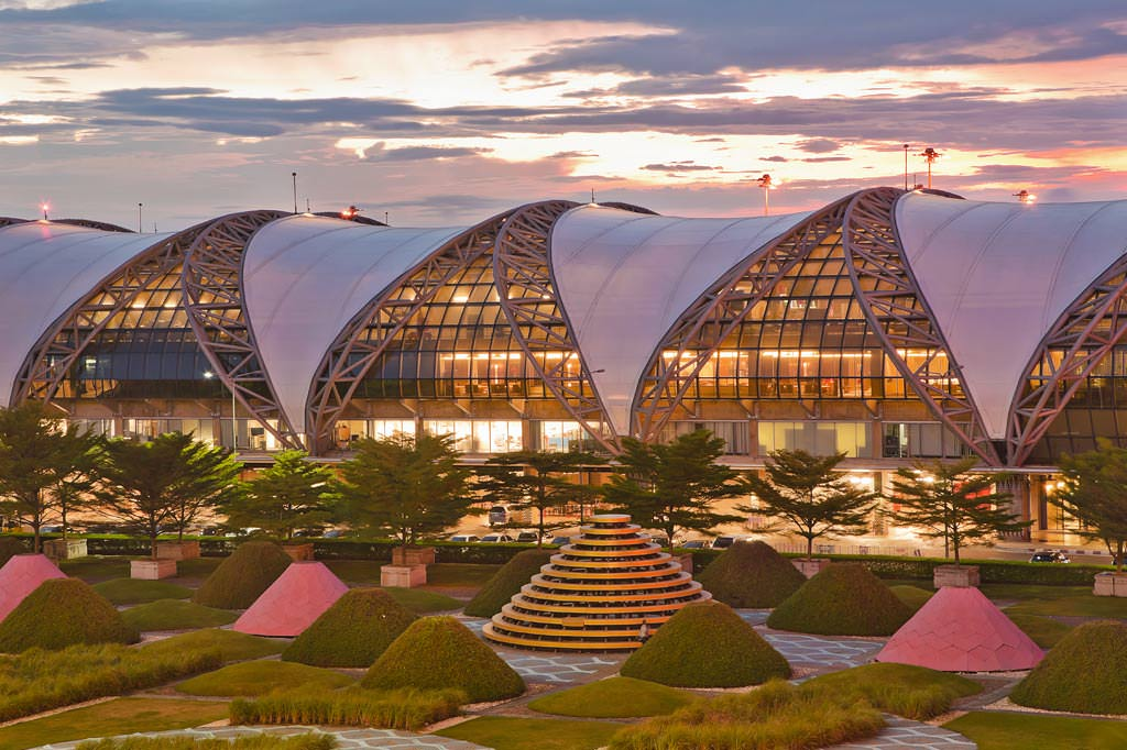 15 Biggest Airports in the World