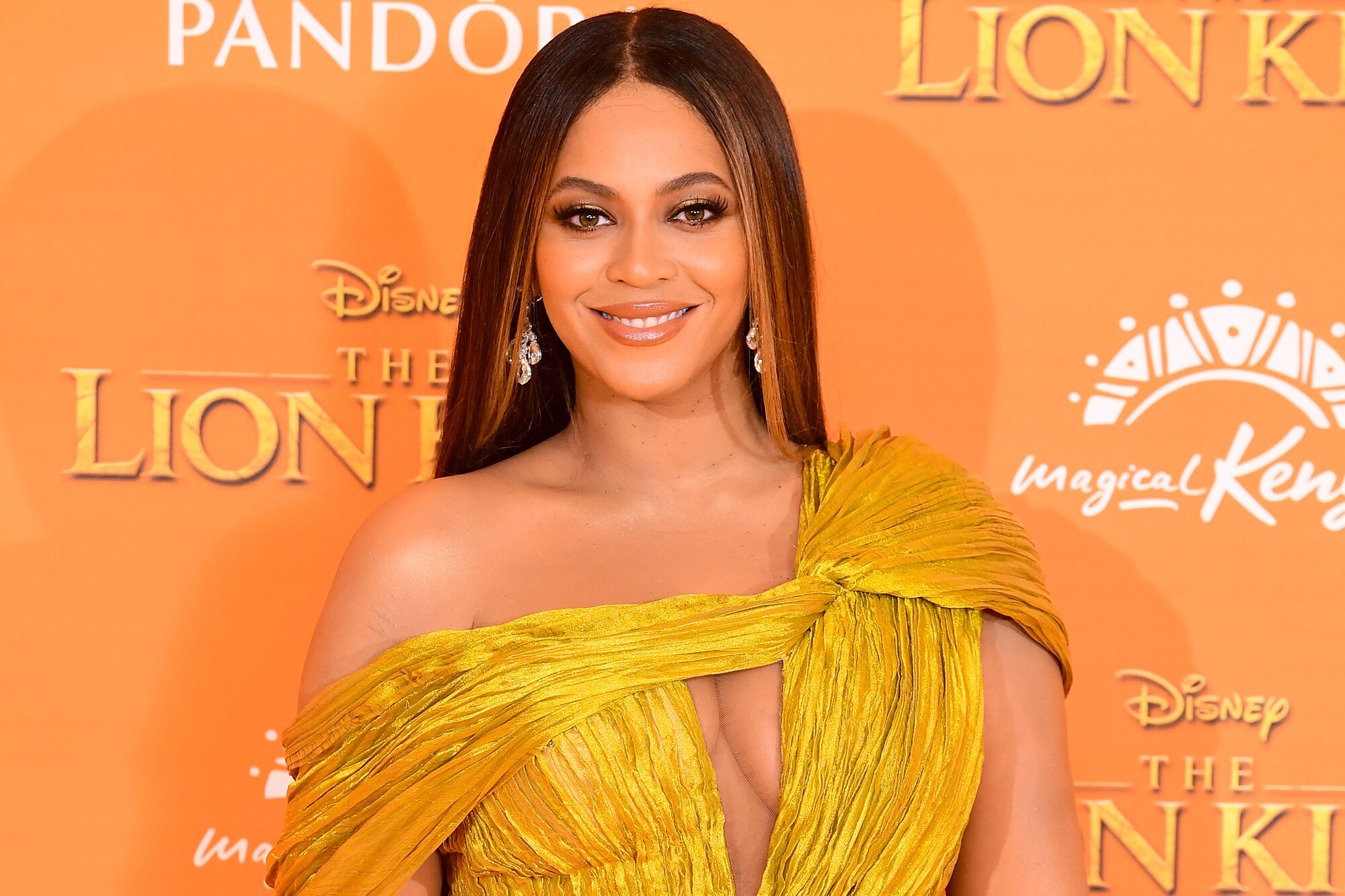 Richest R&B Singers of the world